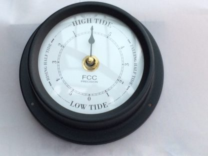 Black Tide Clock 125mm